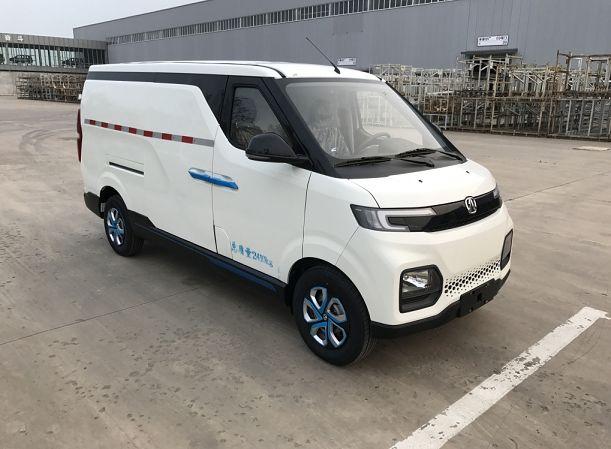 北汽集团纯电动厢式运输车BJ5030XXYV3RK1T-BEV